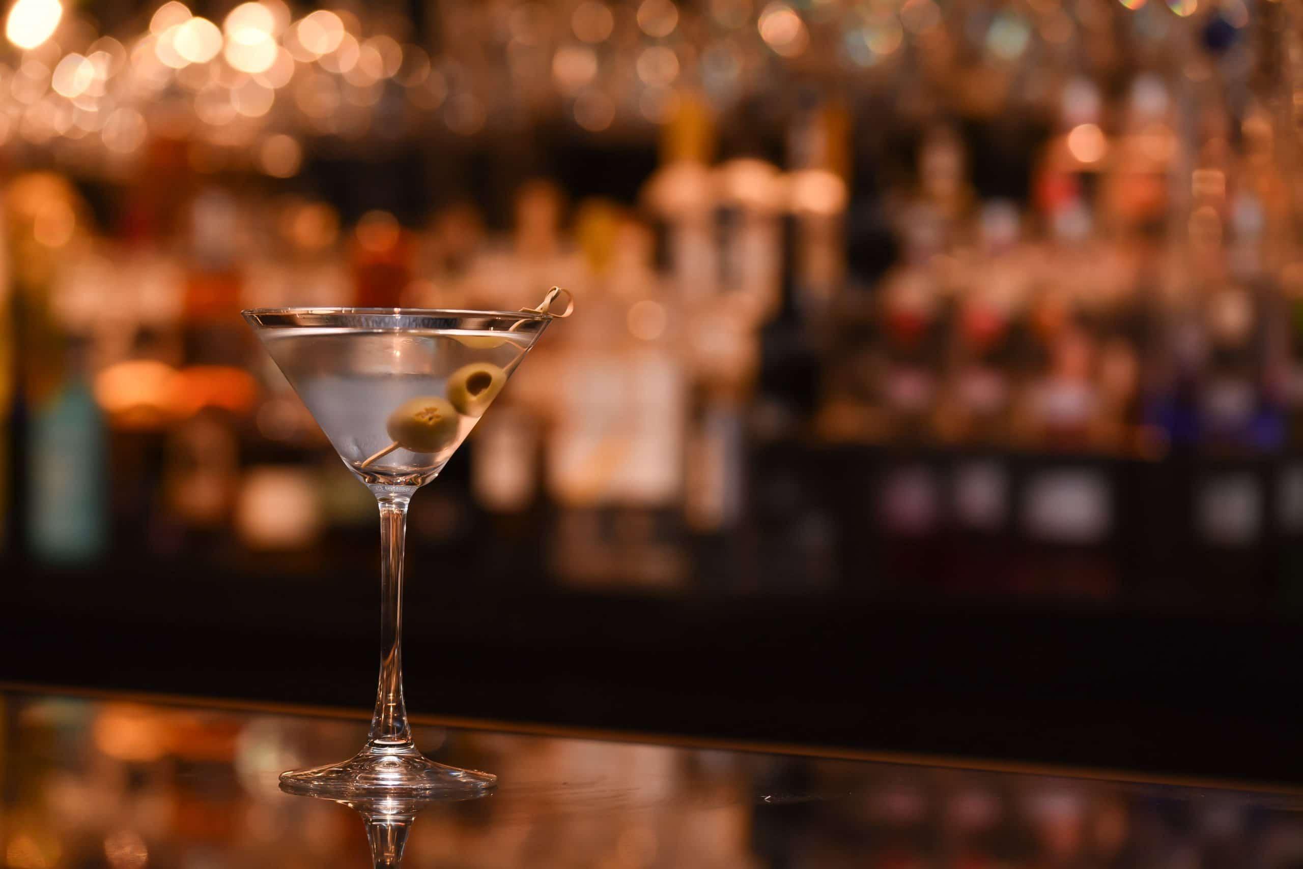 cocktail-menu-idea-dirty-martini